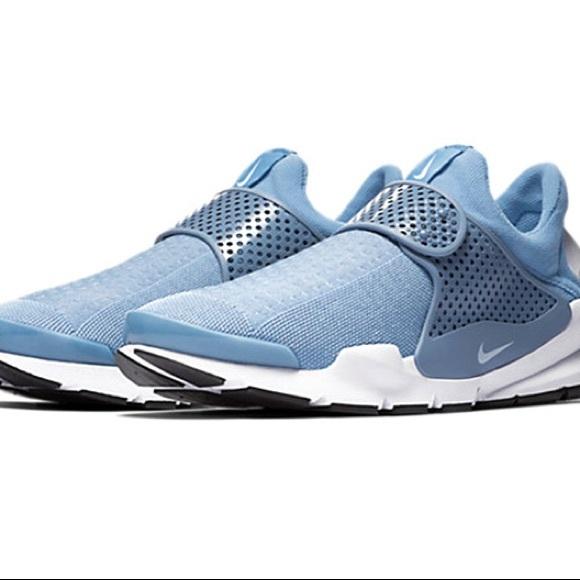 new arrival b7c18 39a23 Nike Sock Dart Running Shoes. M 5ae1422d2ab8c55ea9805341